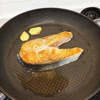 BB食譜 - 起鑊煎三文魚扒