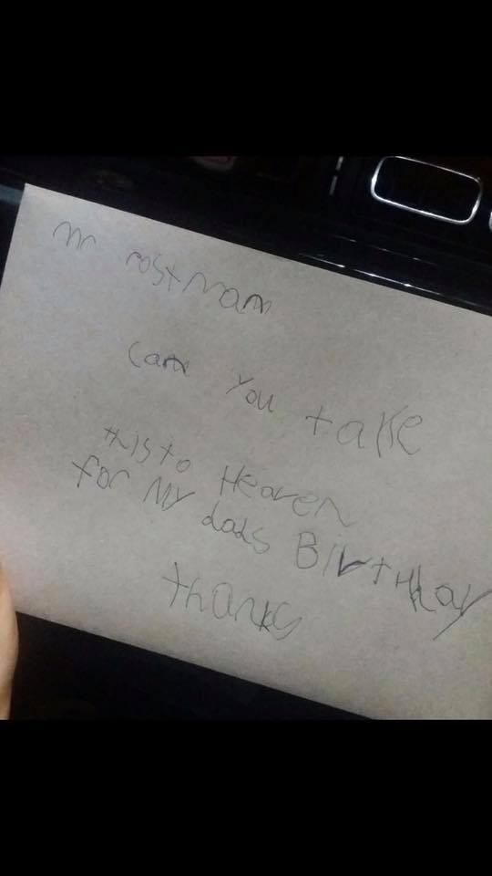 早前他為了祝爸爸生日快樂,寫了一封信:「親愛的郵差叔叔:請問可否將這封信送到天堂給我爸爸作生日禮物呢?謝謝!」